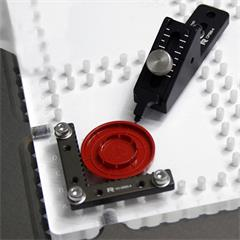 Application image for micro sliding pusher clamp