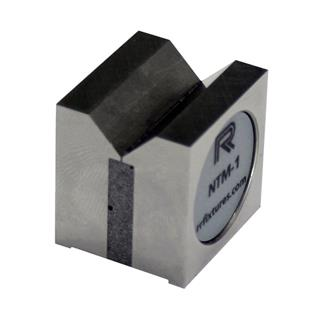 Magnetic mini square V block